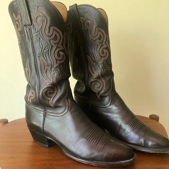 ef5e63db084 Lucchese Men's Cowboy Boots, Dark Brown, 10D